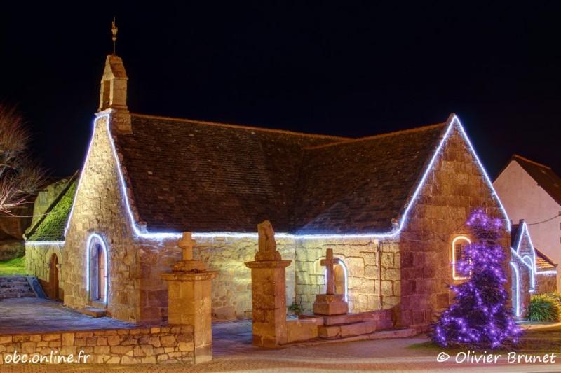 Illuminations de Noël, la Chapelle Sainte-Anne, Trégastel, HDR (6352)