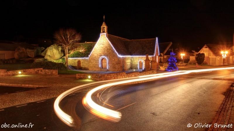 Illuminations de Noël, la Chapelle Sainte-Anne, Trégastel, HDR (6361)